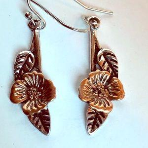 Feminine copper silver flower earrings
